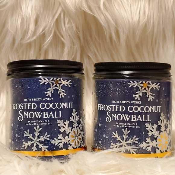Frosted Coconut Snowball Single-Wick Candles